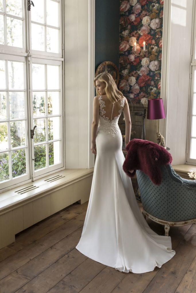 Collection Modeca - Robe Danel - Tout pour la mariée à Evian - Robes de mariage, coiffure, maquillage, fleurs, onglerie