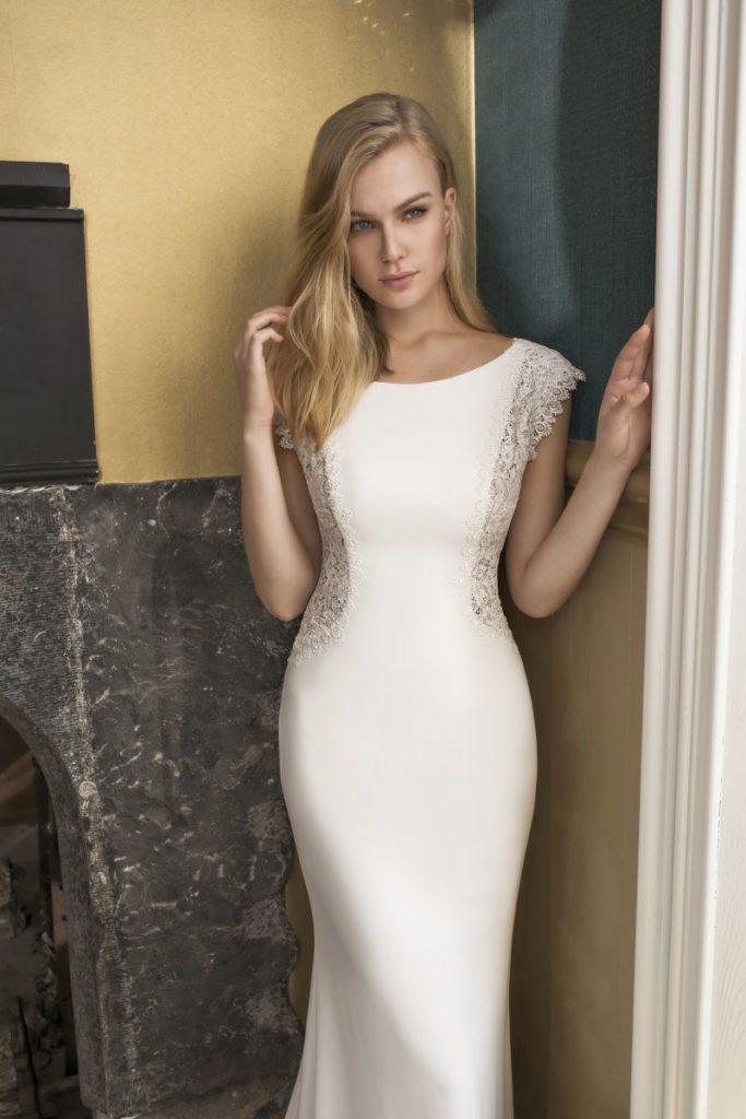 Collection Modeca - Robe Dayton - Tout pour la mariée à Evian - Robes de mariage, coiffure, maquillage, fleurs, onglerie