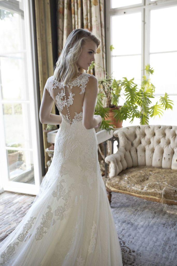 Collection Modeca - Robe Deborah - Tout pour la mariée à Evian - Robes de mariage, coiffure, maquillage, fleurs, onglerie