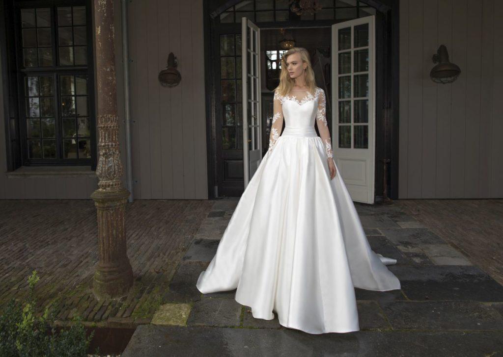 Collection Modeca - Robe Diana - Tout pour la mariée à Evian - Robes de mariage, coiffure, maquillage, fleurs, onglerie