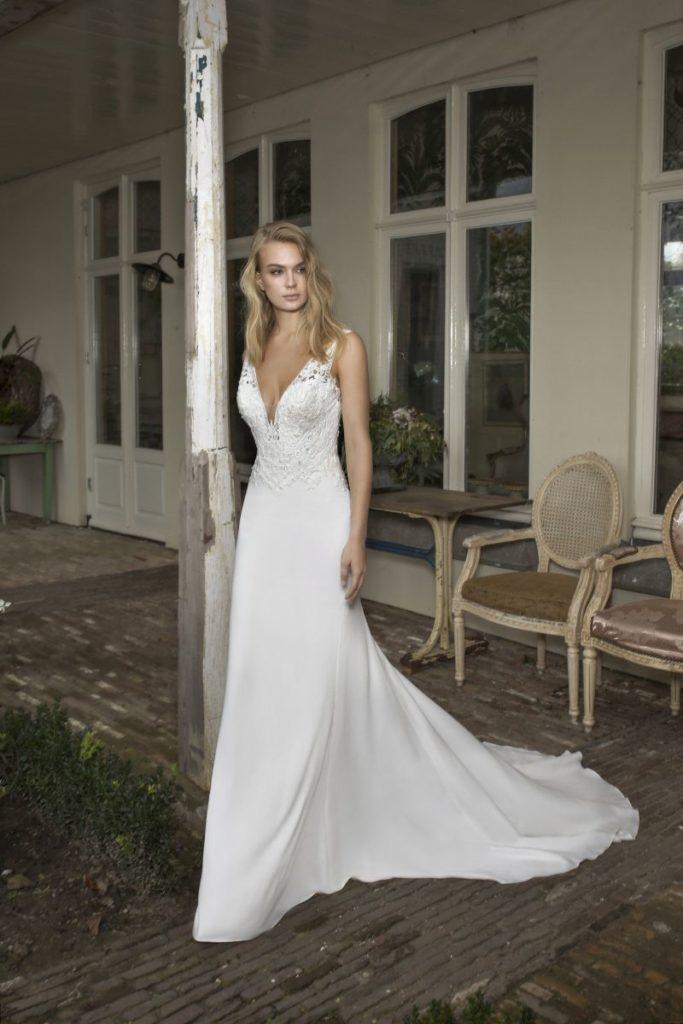 Collection Modeca - Robe Dublin - Tout pour la mariée à Evian - Robes de mariage, coiffure, maquillage, fleurs, onglerie