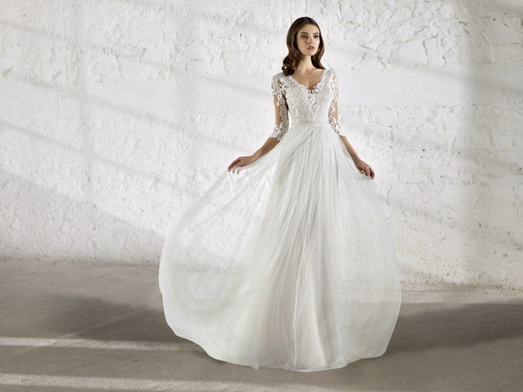 Collection Modeca - Robe Ensley - Tout pour la mariée à Evian - Robes de mariage, coiffure, maquillage, fleurs, onglerie