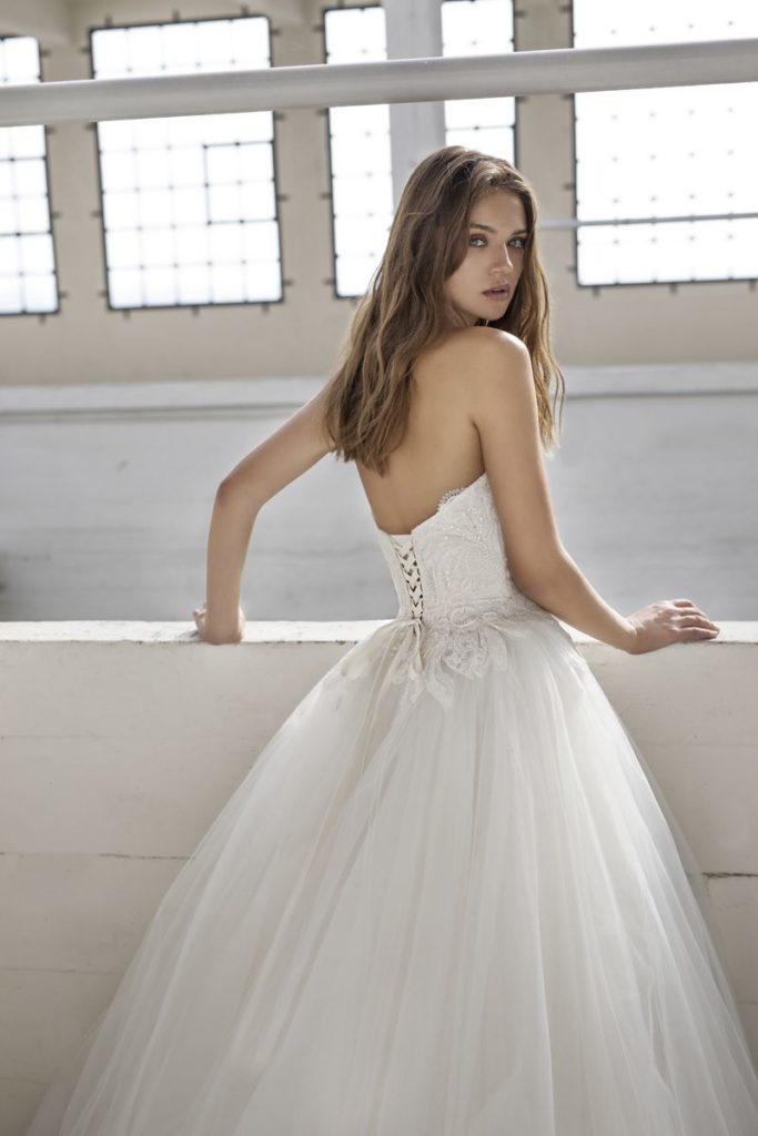 Collection Modeca - Robe Everdale - Tout pour la mariée à Evian - Robes de mariage, coiffure, maquillage, fleurs, onglerie