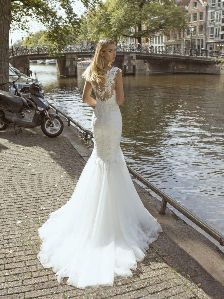 Collection Modeca 2020 - Robe Fabienne - Tout pour la mariée à Evian - Robes de mariage, coiffure, maquillage, fleurs, onglerie