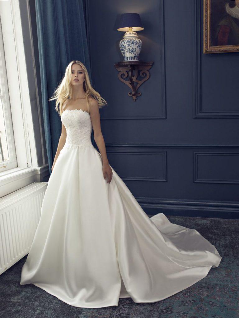 Collection Modeca 2020 - Robe Fern - Tout pour la mariée à Evian - Robes de mariage, coiffure, maquillage, fleurs, onglerie