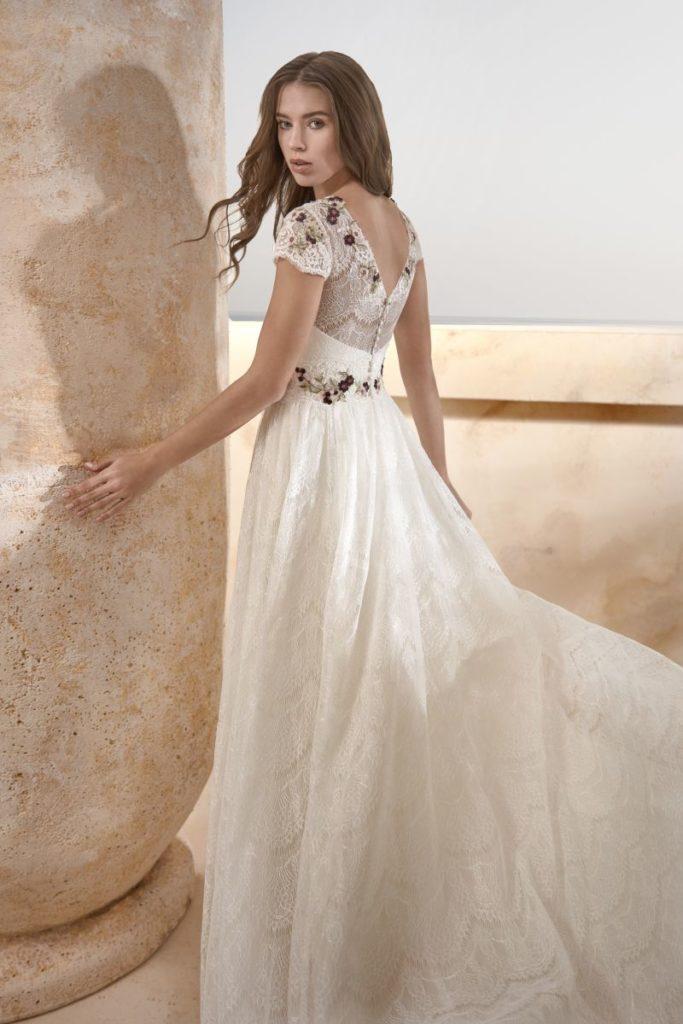 Collection Modeca 2020 - Robe Hazel - Tout pour la mariée à Evian - Robes de mariage, coiffure, maquillage, fleurs, onglerie