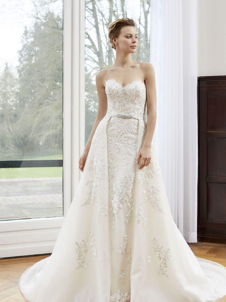 Collection Modeca - Robe Alba - Tout pour la mariée à Evian - Robes de mariage, coiffure, maquillage, fleurs, onglerie