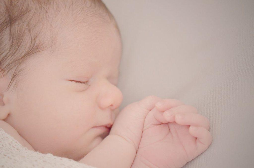 Photo nouveau né - il était une fois à Evian, tout pour la mariée